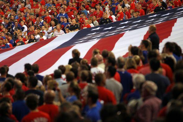 Los aficionados de Texas abarrotaron el estadio, aunque tendrán que term...