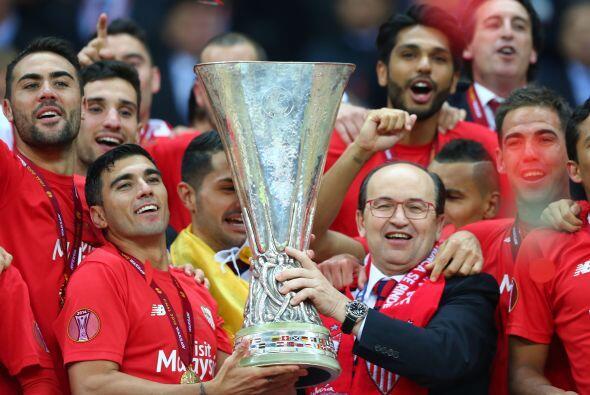 Reyes logró su segunda Europa League de su carrera con el Sevilla.