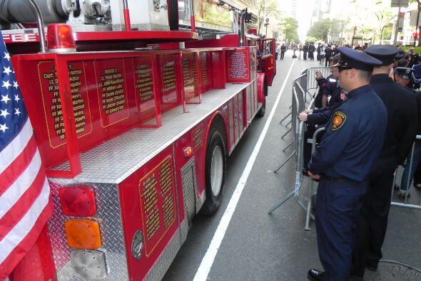 Carro bombero recuerda a sus caídos el 9/11 f950cc3b9d8e4b53ac5e8bdc4e19...