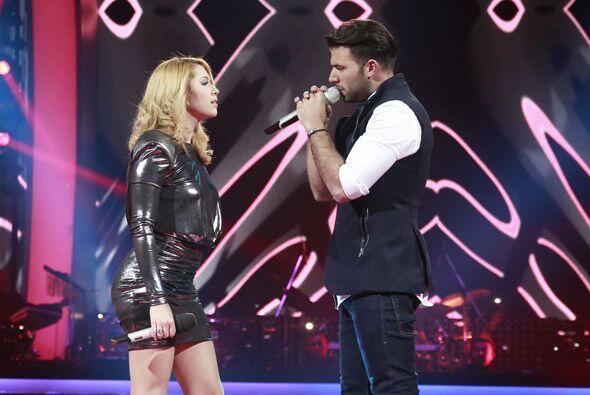 Compartir el escenario con Jen debe ser uno de sus grandes sueños.