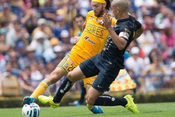 Al final en una decisión polémica los Tigres lograrían empatar el marcad...