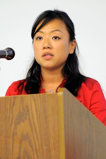 La activista Frika Chia Iskandar, quien pertenece a la Red de Asia y el...