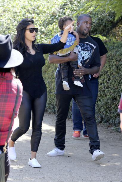 Kanye llevó a Nori en sus brazos antes de que pusieran manos a la obra.