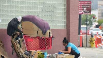 Se calcula que en Los Ángeles hay cerca de 25,000 desamparados viviendo...