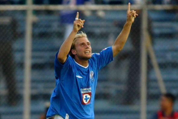 El argentino Luciano Figueroa llegó a Cruz Azul para tomar el protagonis...