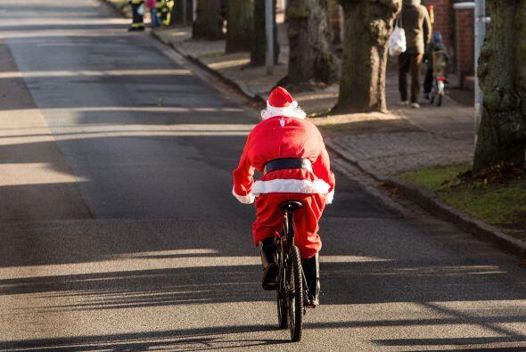 Es importe que Santa este en forma, él cuida su salud realizando paseos...
