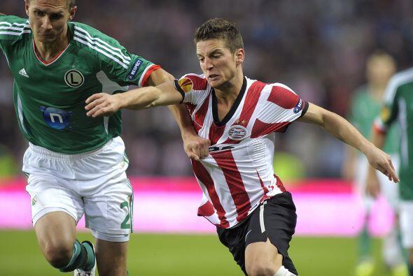 En otros resultados, al PSV Eindhoven le bastó un gol de Dries Mertens p...