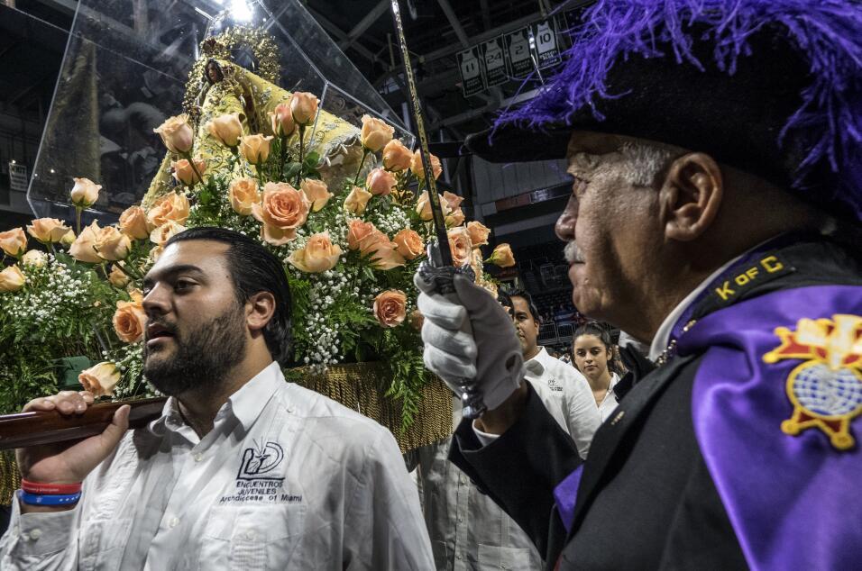 El rector de la Ermita, el padre Fernando Hería, dijo que el apla...