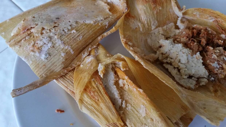 Tamales preparados con la masa de La Amapola esta Navidad.