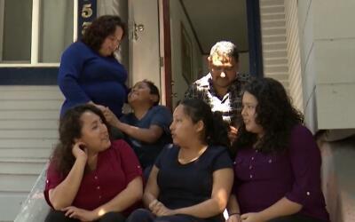 La familia Sánchez lucha para continuar unida, luego que un tribu...