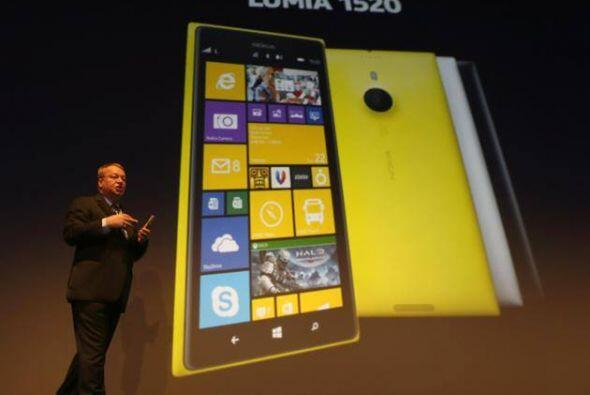Nokia Lumia 1520.Es el primer Windows Phone phablet. Tiene una pantalla...