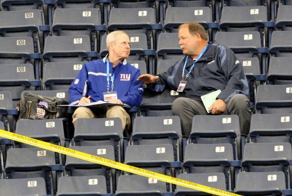 "2008 "" Tom Coughlin y Mike Holmgren, entrenador de los Giants y en ese e..."