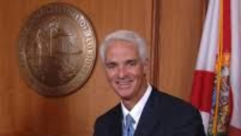 El exgobernador de Florida Charlie Crist, quien se presentará a las elec...