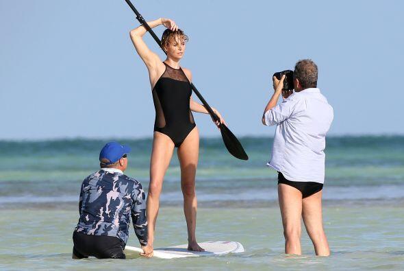 Aunque ese fotógrafo debió ponerse un traje de baño...