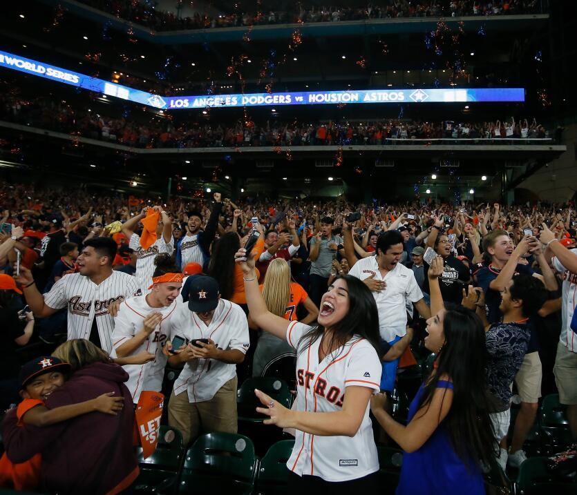 Astros, campeón de la Serie Mundial 2017 | MLB gettyimages-869209356.jpg
