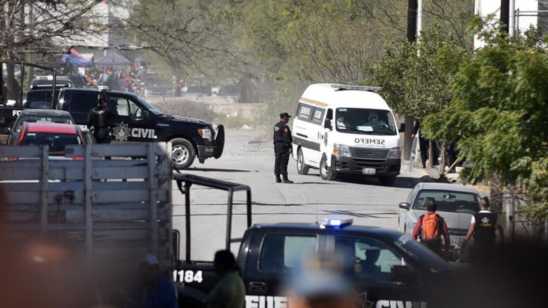El exterior de la cárcel de Topo Chico, tras el mortal enfrentamiento.