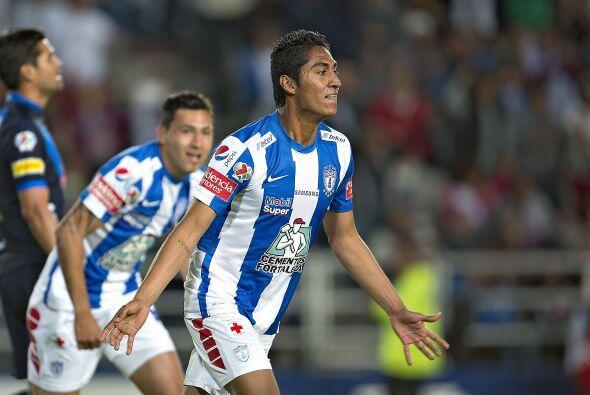 Hugo Rodríguez (7).- El defensa central de los Tuzos, perdió la marca en...