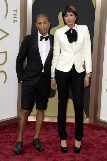 Pharrell Williams (iaquierda) y su esposa Helen Lasichanh llegan a la 86...
