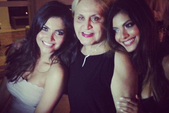 Aquí vemos a las tres generaciones.