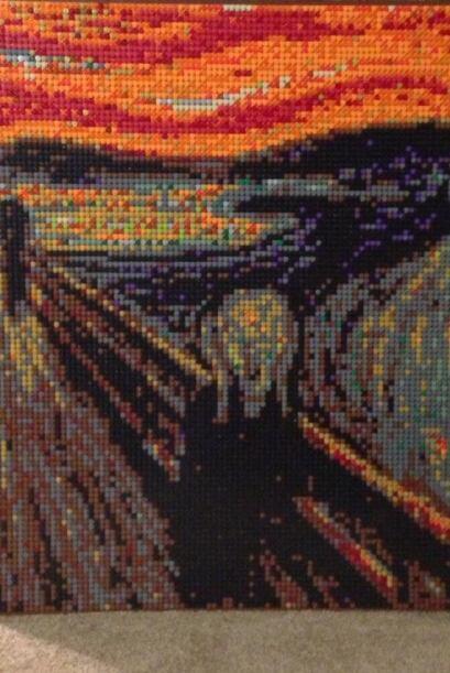 También recreó el famoso cuadro de Edvard Munch, llamado El Grito.