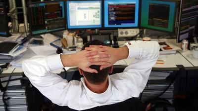 ¿Cuáles son características de un trabajador que genera tensión en el ambiente laboral?