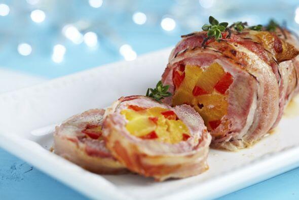 Pierna de cerdo (puede ir adobada)   Es excelente para preparar esta Nav...