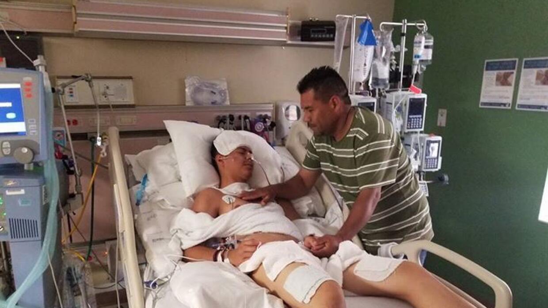 Brandon Rodrigo Martínez, uno de los inmigrantes que sobrevivió el trasl...