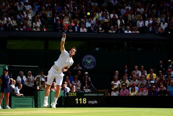 Andy Murray hizo lo propio en casa.
