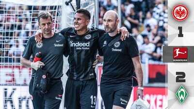 ¡Alerta en el Tri! Carlos Salcedo se lesionó en la derrota del Eintracht ante Werder Bremen