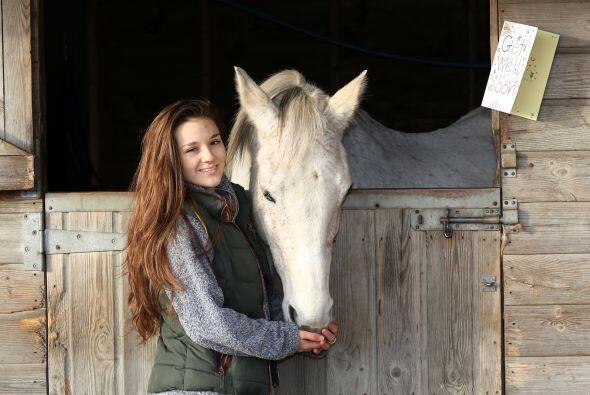 Amy Badge, de 20 años de edad y estudiante de economií es...