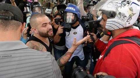 Cantante Nacho resultó herido durante enfrentamiento entre opositores y...
