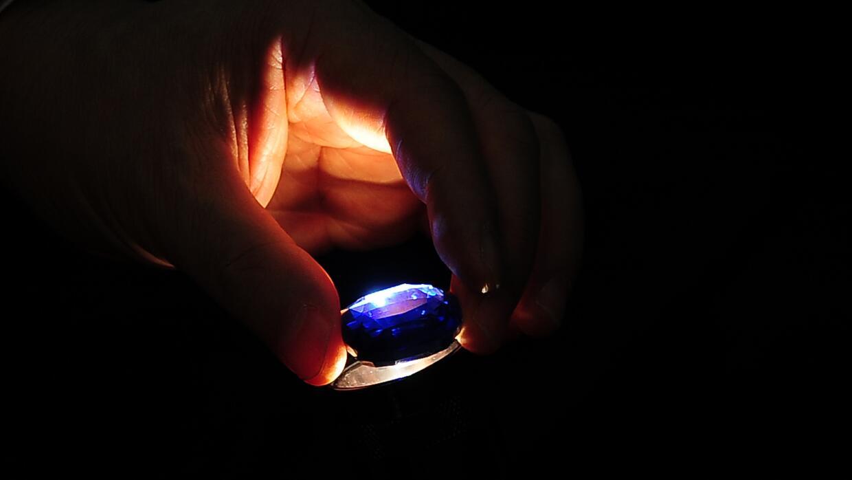 Zafiro azul de Sri Lanka.
