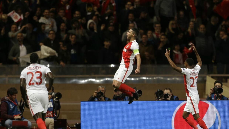 "El ""Tigre"" Radamel Falcao apareció con el segundo gol del Mónaco."
