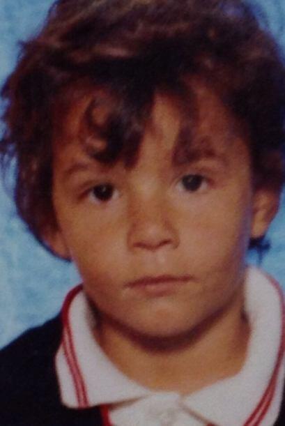 Este pequeño ya pintaba para seguir los pasos de su padre Artuto Peniche.