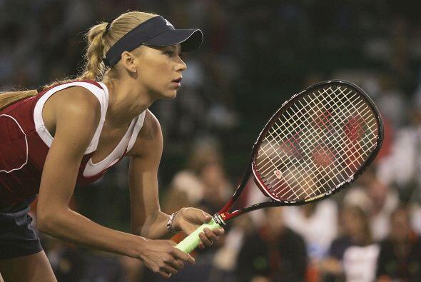 El record de Anna Kournikova quedó en 209 victorias y 129 descalabros.