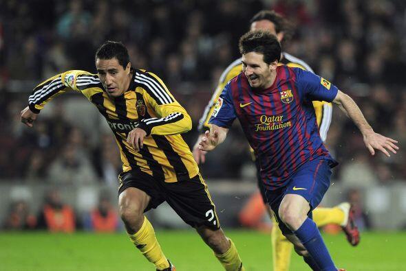 Al no tener la regularidad deseada, fue prestado al Zaragoza en el mismo...