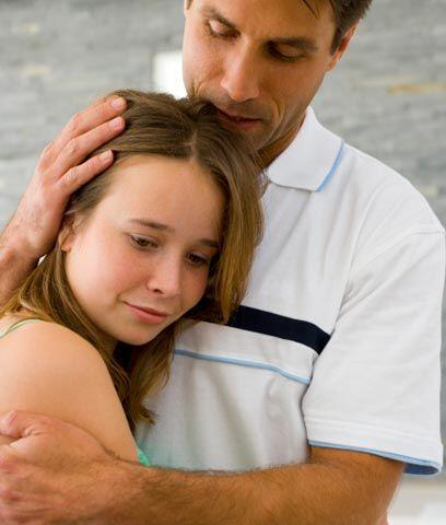 Padres sobreprotectoresLos padres bien intencionados pueden empeorar las...