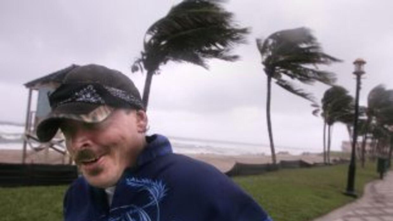 La costa este de Estados Unidos se encuentra en alerta por la formación...