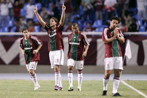 Fluminense buscó la reacción a base de garra y jugadas individuales