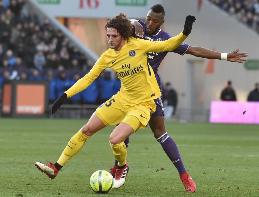 A 13 puntos sobre el Marsella (2º), que el viernes había empatado 2-2 en...