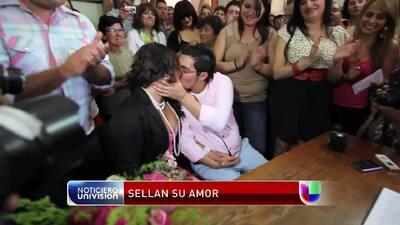 El hombre embarazado quiere casarse por la iglesia
