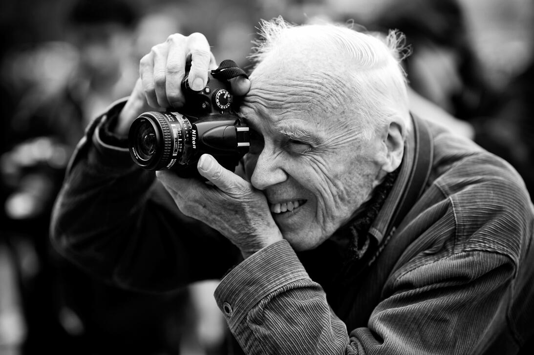El fotógrafo Bill Cunningham en el París Fashion Week