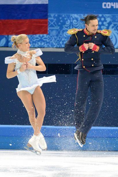 Los otros dos triunfos parciales rusos fueron en los programas cortos de...