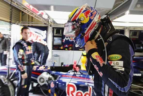 Mark Webber preparado para salir desde la punta en el GP de Bélgica.