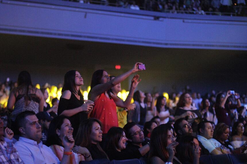 Te perdiste del concierto de Carlos Vives?  _MG_9617.JPG