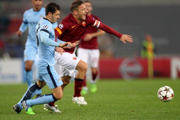 El conjunto italiano saltó al terreno de juego con la intención de encon...