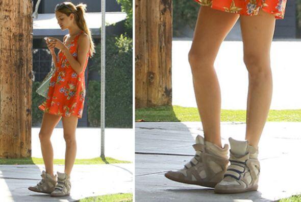 ¡Otra 'fashion lover' que no se pierde ninguna tendencia es Eiza Gonzále...