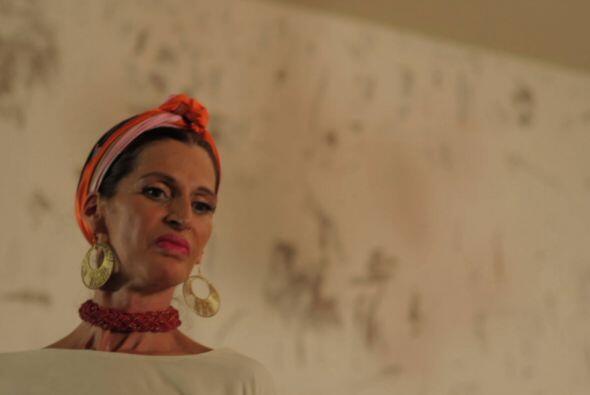 La serie cuenta con participaciones especiales de Paty Cantú, Sherlyn, S...