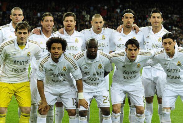 A pesar de ser grandes rivales del Barcelona, los jugadores del Real Mad...