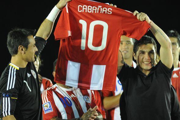 La tragedia de Salvador Cabañas. De goleador imparable a un presente con...